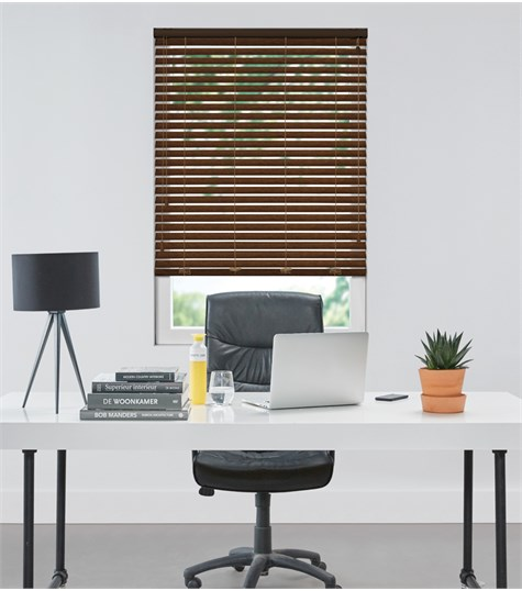 Essentials - Houten jaloezie Privacy 50mm - Donker Eiken ED230